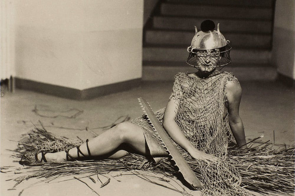 Bal au château des Noailles (c. 1929), Man Ray. Photo: © Centre Pompidou, MNAM-CCI, dist. Rmn-Grand Palais/Guy Carrard; © Man Ray 2015 Trust/Adagp, Paris 2020