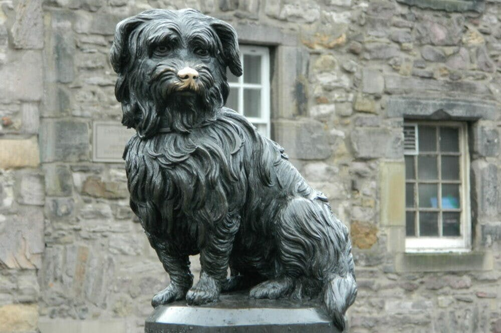 Pup idols – pet memorials through history   Apollo Magazine