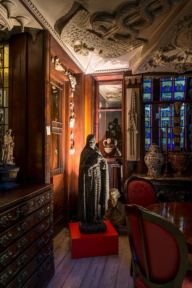 Burnt Madonna (1985), Langlands & Bell. Installation view in the Monk's Parlour at Sir John Soane's Museum, London, 2020.