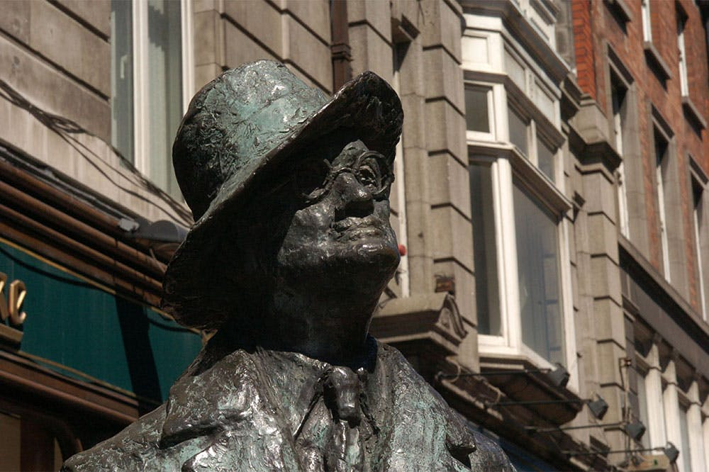Statue of James Joyce by Marjorie Fitzgibbon on North Earl Street, Dublin.