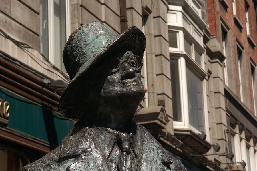 Statue of James Joyce by Marjorie Fitzgibbon on North Earl Street, Dublin.