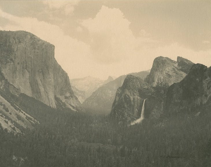 Yosemite Valley (1905), William Edward Dassonville.