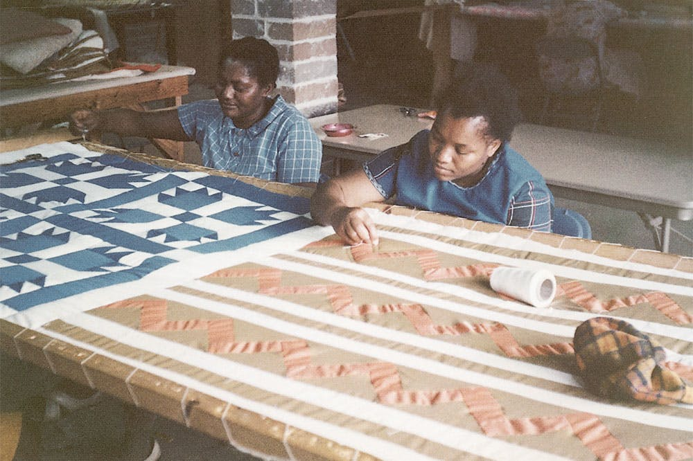 Leola Pettway and Qunnie Pettway working at the Freedom Quilting Bee in 1972.