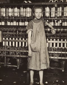 Addie Card, 12 Years Old, Spinner in cotton mill, North Pownal, Vermont (1910), Lewis Hine. National Gallery of Art, Washington, D.C.