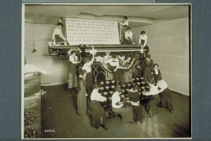 A giant Underwood No. 5, created by the Underwood Typewriter Company for display at the Panama-Pacific Exposition in San Francisco in 1915.