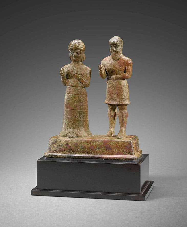 Group of two figures (c. 1500 BC–1100 BC).