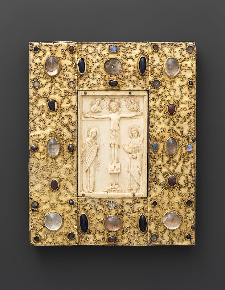 Book cover (?) with Byzantine icon of the Crucifixion. Ivory icon made in Constantinople (1000) and setting possibly made in Aragon (late 11th century).
