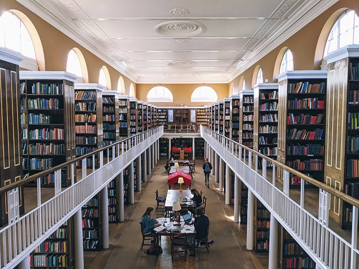 The library at Lady Margaret Hall, Oxford, designed by Raymond Erith in 1959–61.