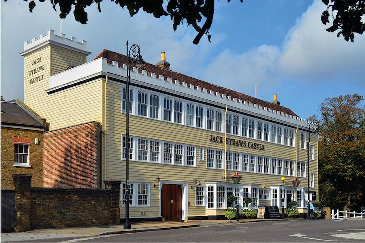 Jack Straw's Castle, Hampstead Heath, designed by Raymond Erith (1904–73) in the 1960s to replace a coaching inn damaged in the Blitz (photographed in 2014).