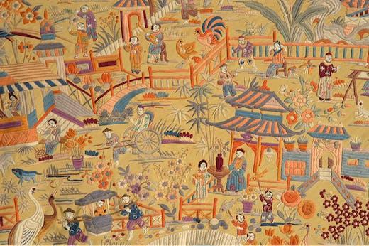 Embroidered Manila silk shawl (detail; c. 1920). Museo del Traje, Madrid. Photo: Lucía Ybarra Zubiaga; ©Museo del Traje. Centro de Investigación del Patrimonio Etnológico, Madrid, Spain
